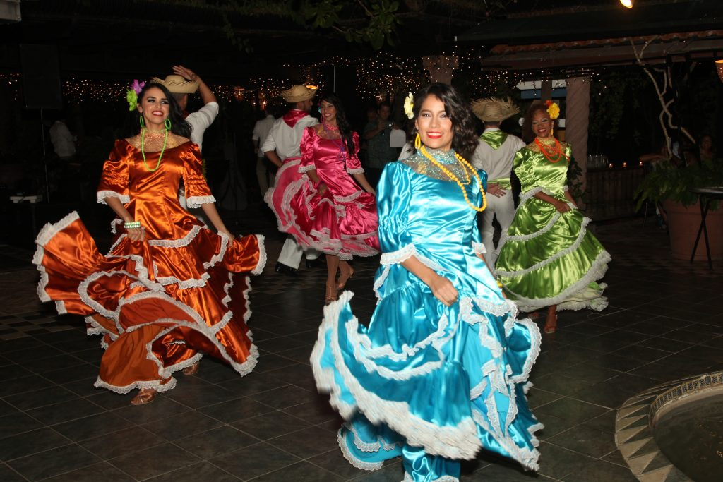 Flamenco dancers entertain a group of medical sales professionals at an incentive trip in Puerto Rico.